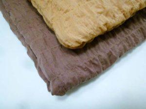 枇杷葉染めのスカーフ